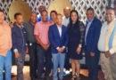 Juan Carlos Echavarría (Joselito) realizó un encuentro con candidatos a regidores recién electos del PLD.-