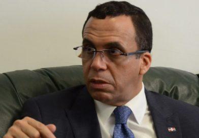 Navarro alerta cambio propone Luis Abinader