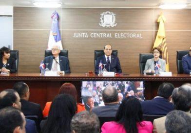 Suspenden elecciones municipales de manera general por fallos en voto automatizado