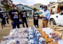 Gonzalo Castillo entrega raciones alimenticias y botiquines a familias de Santo Domingo Norte