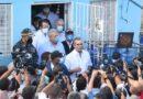 Abinader recorre sector Los Alcarrizos y anuncia obras