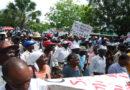 Cientos obreros haitianos exigen residencia permanente en la RD#SDQPeriodicodominicano